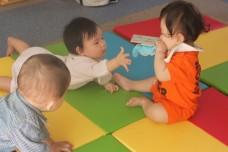 ベビーサイン教室赤ちゃん同士